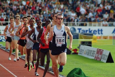 陸上長距離走競技におけるランニングスピードに関して・・・