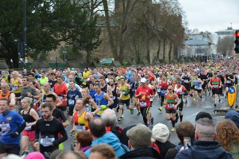 初フルマラソン完走サポート(遠隔的ランニングトレーニングサポート)