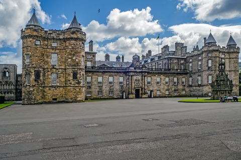 holyroodhouse-1591006_1920