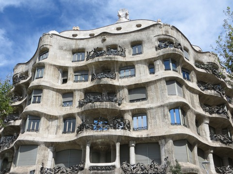barcelona-1137855_1920