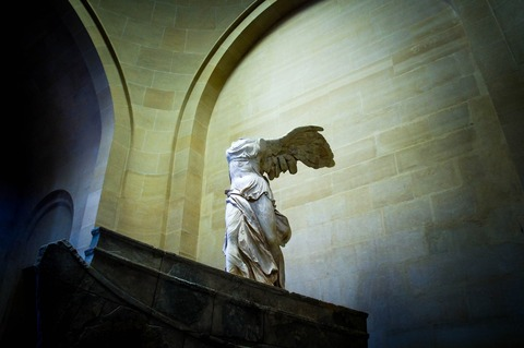 winged-victory-of-samothrace-1891666_1920