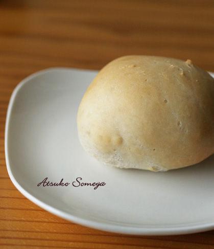 オリーブ白パン