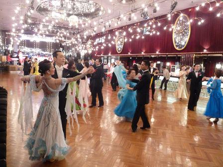 日比谷東宝ダンスホール