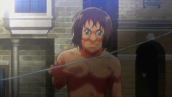 前田敦子に似ている巨人がワイヤーを掴もうとしている