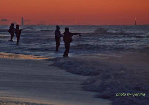 どうどう浜の釣り人