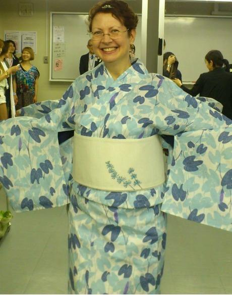 Yukata_Bushoan_Morning-glories_Try-on-ed