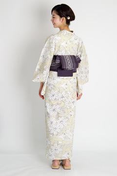 Kururi2014_Lily-back