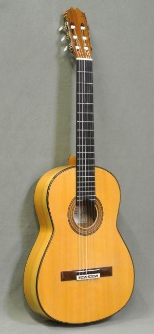 「マヌエル・フェルナンデス MANUEL FERNÁNDEZ 2000年(フラメンコギター)」が新入荷しました♪ | アウラギターサロン