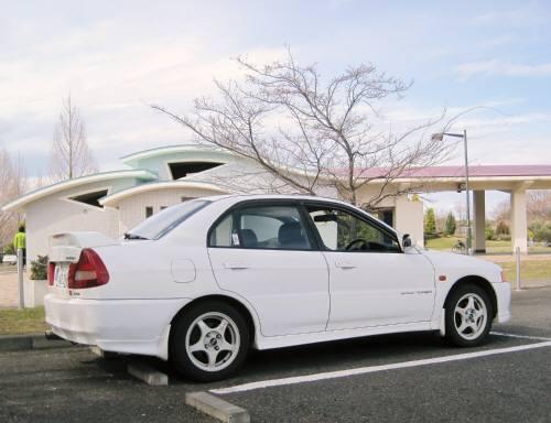 01武蔵野の森駐車場