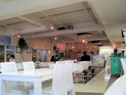 11プロペラカフェ店内