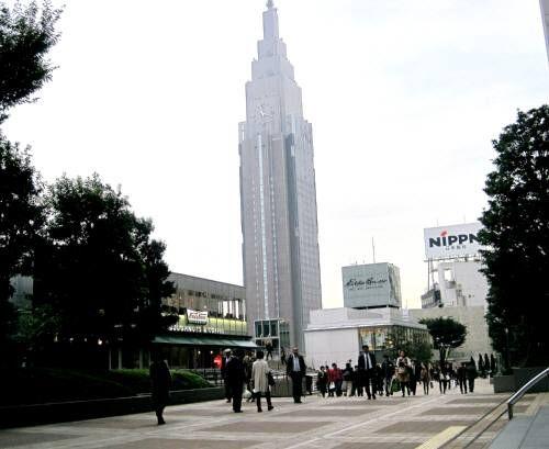 25新宿4