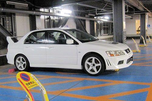 13ヨーカドー駐車場