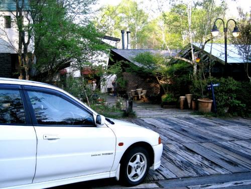 21八ヶ岳倶楽部外駐車場