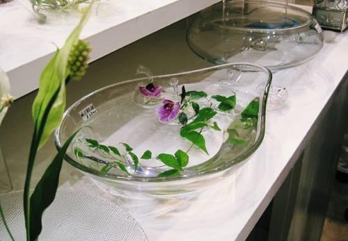 06ガラス花器2
