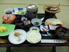 青巒荘の朝食