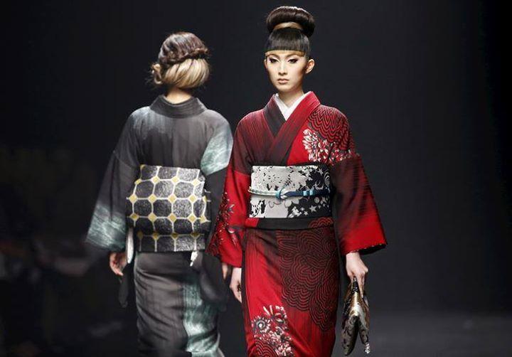 【海外の反応】「KIMONO(着物)は 日本女性の優雅さの証」日本人デザイナーの〈新しい着物〉が 大好評~