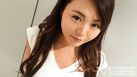 エミリ 20歳 スイミングスクールの先生 【初撮り】ネットでAV応募→AV体験撮影