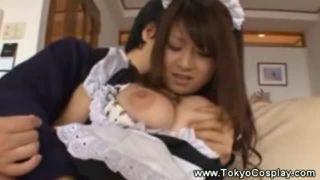 北川瞳/ギャルなのに萌え萌えなロリカワ美少女メイドがご奉仕!最終的には全裸になっちゃう!