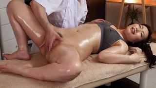 佐山愛/ハゲの変態マッサージ師に巨乳妻が寝取られるwww媚薬ローションを垂らされアヘ顔調教 Ai Sayama in Ai Sayama Gets A Full Body Massage - MilfsInJapan