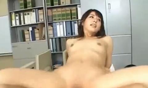 大沢佑香 時間を止めて美人貧乳OLをレイプ
