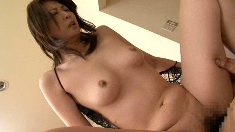 吉岡奈々子 騎乗位 セックス