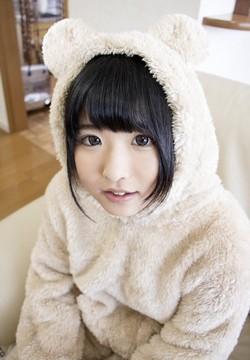 AV女優・あず希ちゃんの画像