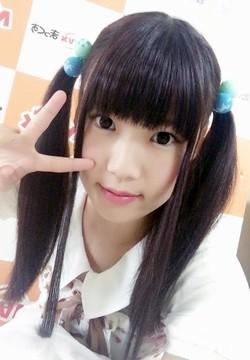 AV女優・小高里保ちゃんの画像