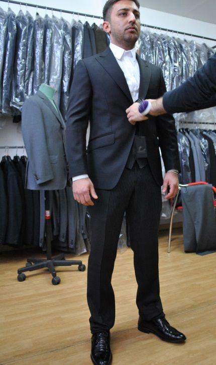 22才ナポリ男新郎ウエディングオーダースーツのフィッティング