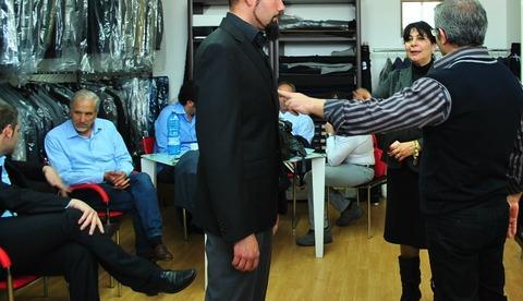 ナポリ結婚ウエディング新郎スーツ男性親族でお揃いオーダーメイド
