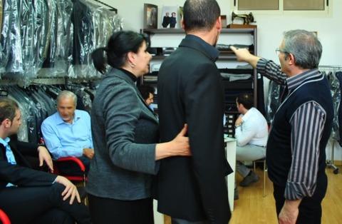 AVANCLASSICOナポリ新郎ウエディングスーツ、オーダー採寸