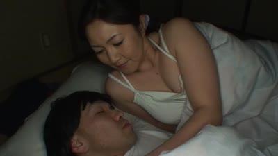 押尾伸子お母さんとマザコン息子