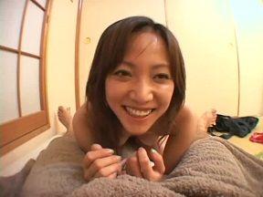 坂下麗 初めて見る包茎チンコに感じまくって満足笑顔の日焼け跡奥様