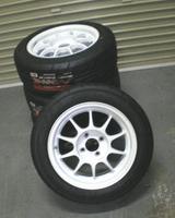 新品タイヤとホイールGET