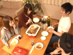 鍋パーティーを開催して親友の彼女と妹を寝取る