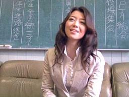 現役AV女優が母校の教壇に立って、優しく丁寧に「性の大切さ」を教える!