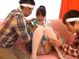 アキバ系アイドル美少女が個人撮影会で2人のオタクに襲われパコられる!
