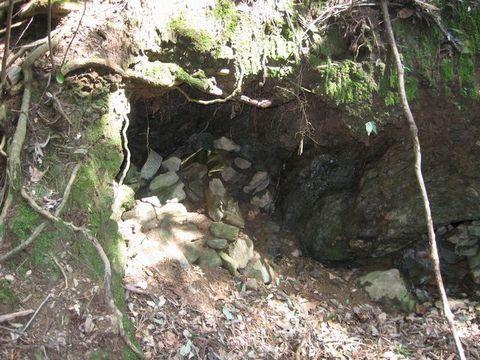 明河鉱山坑口B1