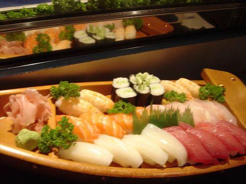 人生で3つの料理しか食べちゃいけなくなったら何選ぶ?