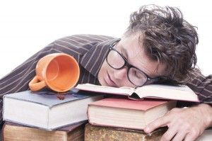 【悲報】ワイ大学生、リア充共のテスト対策法の汚さに激怒する!wwwwww