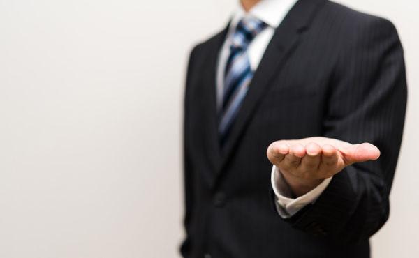 証券会社とか銀行って、超絶しんどいのに何故か新卒就職で人気あるよね