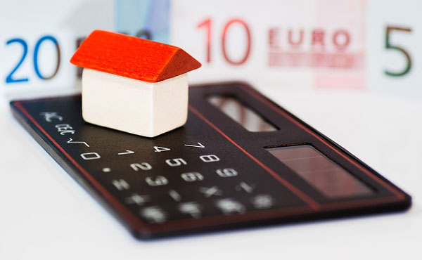 30代、40代は住宅ローンで借金だらけ 日本人の持家信仰は今も健在