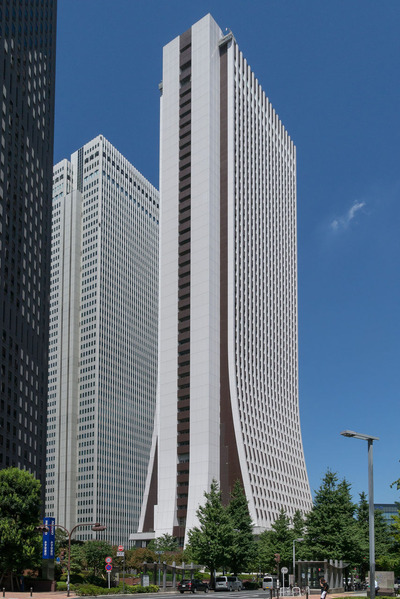 Shinjuku-Sompo-Japan-_Insurance-Building-02