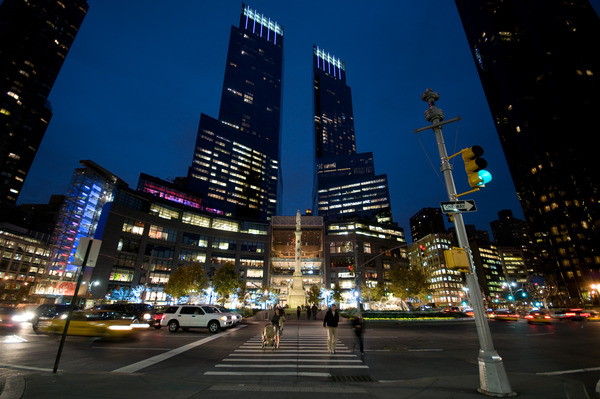 Time_Warner_Center_and_CC