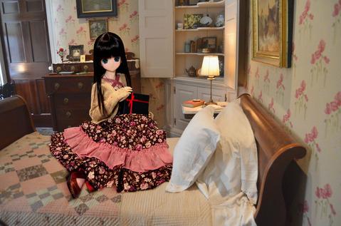 エレン、お部屋で待ちます 縮小