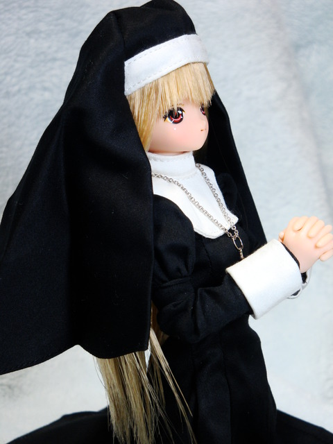 魔リアン シスター服 (16)