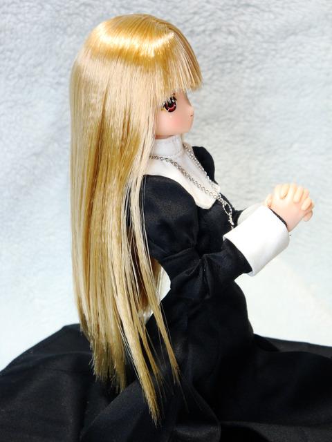 魔リアン シスター服 (5)