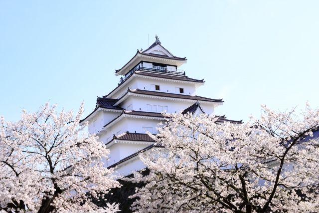 春の鶴ヶ島城