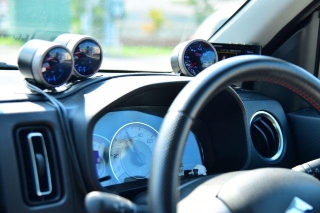 自動車ドライブ