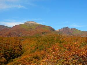 紅葉の那須連山