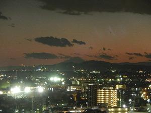 県庁からの夜景と富士山